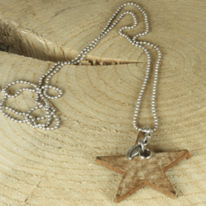 lange ketting met leren ster
