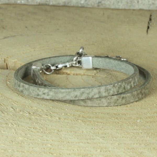 leren wikkelarmband betongrijs